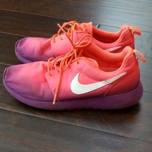 Nike Roche Run pink and purple ombre sneakers